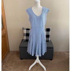 Just Taylor Blue and White Flare Skirt Dress